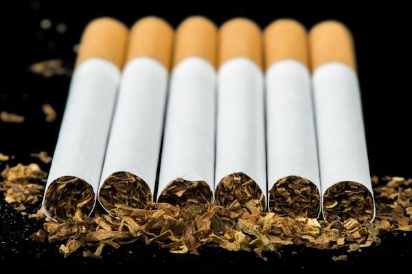 cigaretta torokrák)